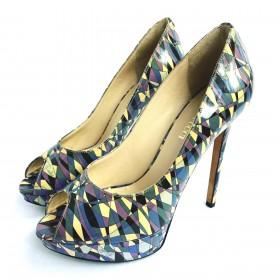 Sapato EMILLIO PUCCI 35 em verniz colorido