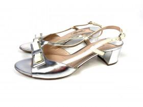 Sandália metálica prata Miu Miu 36,5 com laço bege